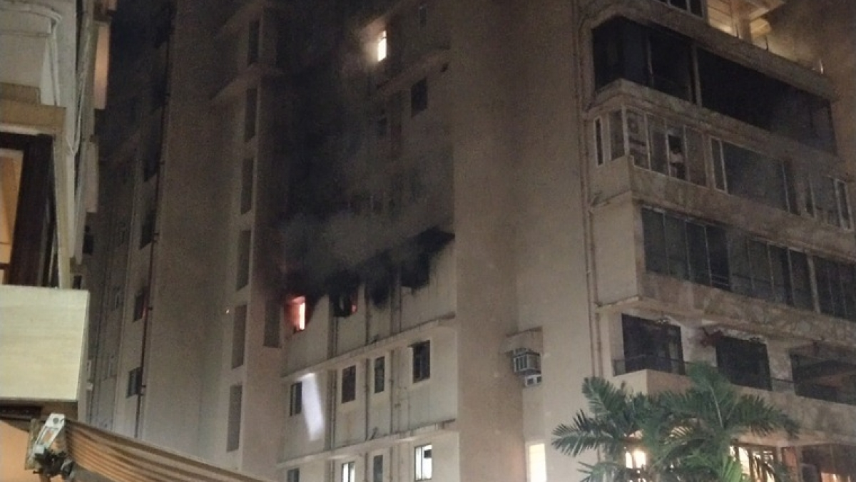Mumbai: Massive fire breaks out at residential building in Malabar Hill; watch video
