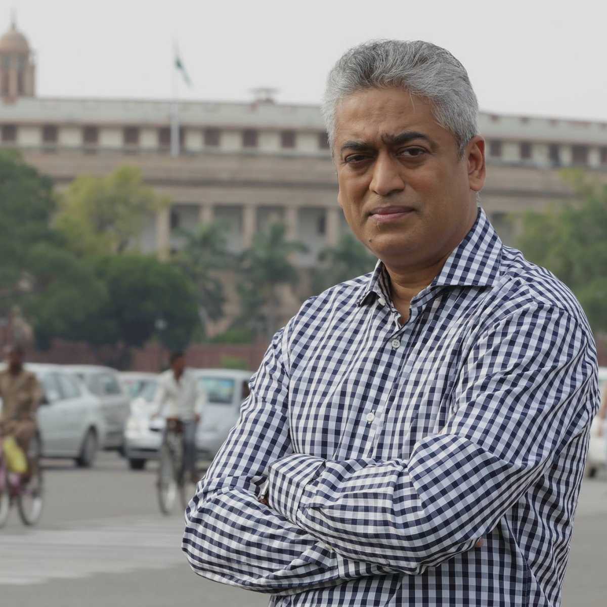 Fact check: No, Rajdeep Sardesai wasn't dancing to celebrate AAP victory