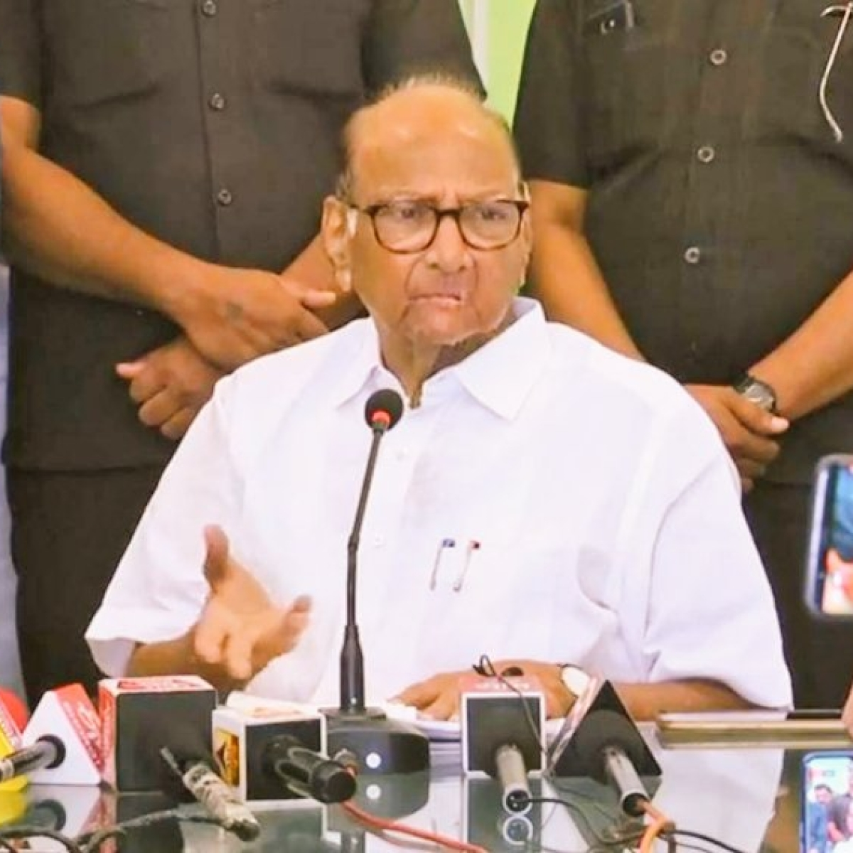 FPJ EXCLUSIVE: Sharad Pawar wants ministers to focus on time management & clear files urgently