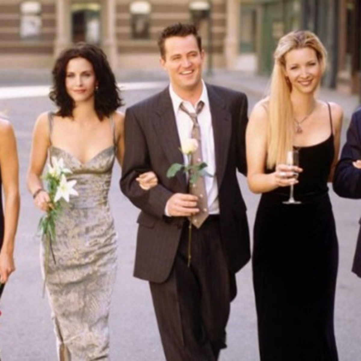 """""""WE WERE ON A BREAK!"""": FRIENDS cast set to reunite for reunion episode after 15 years"""