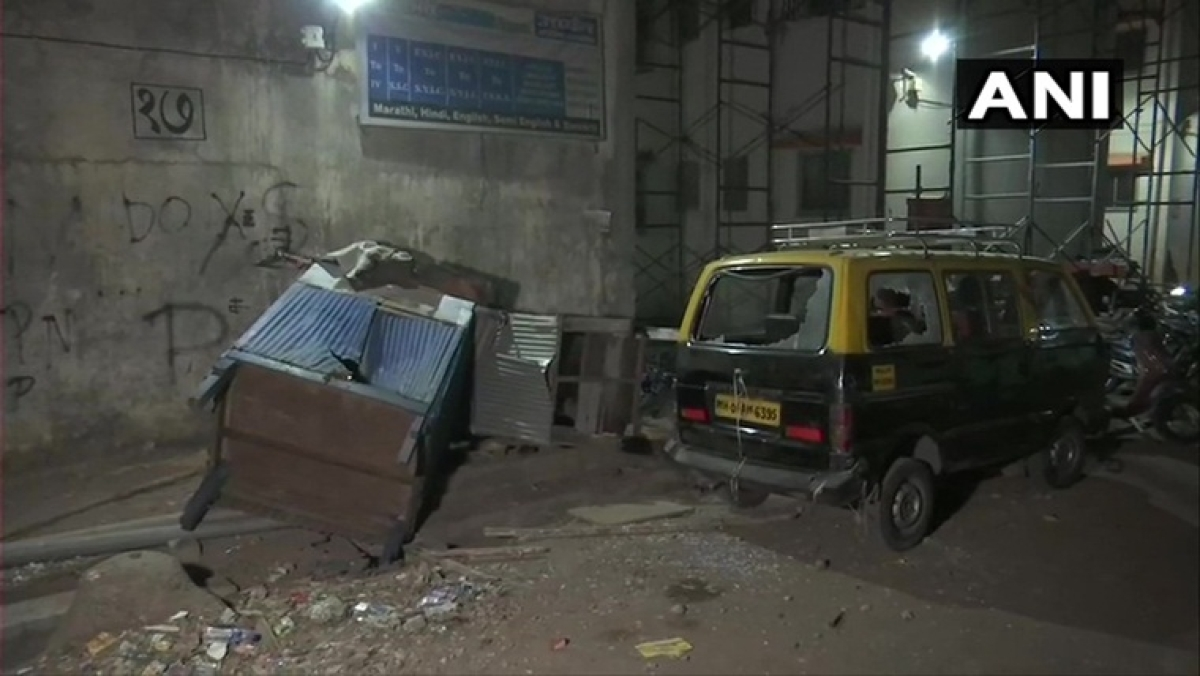 Mumbai: 6 people injured after clash breaks out between two groups in Chembur