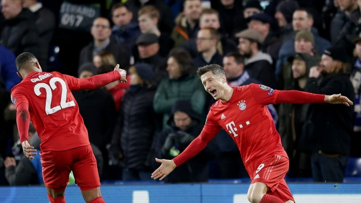 UEFA Champions League: Lewandowski stars as Bayern Munich thump three past hapless Chelsea at the Bridge