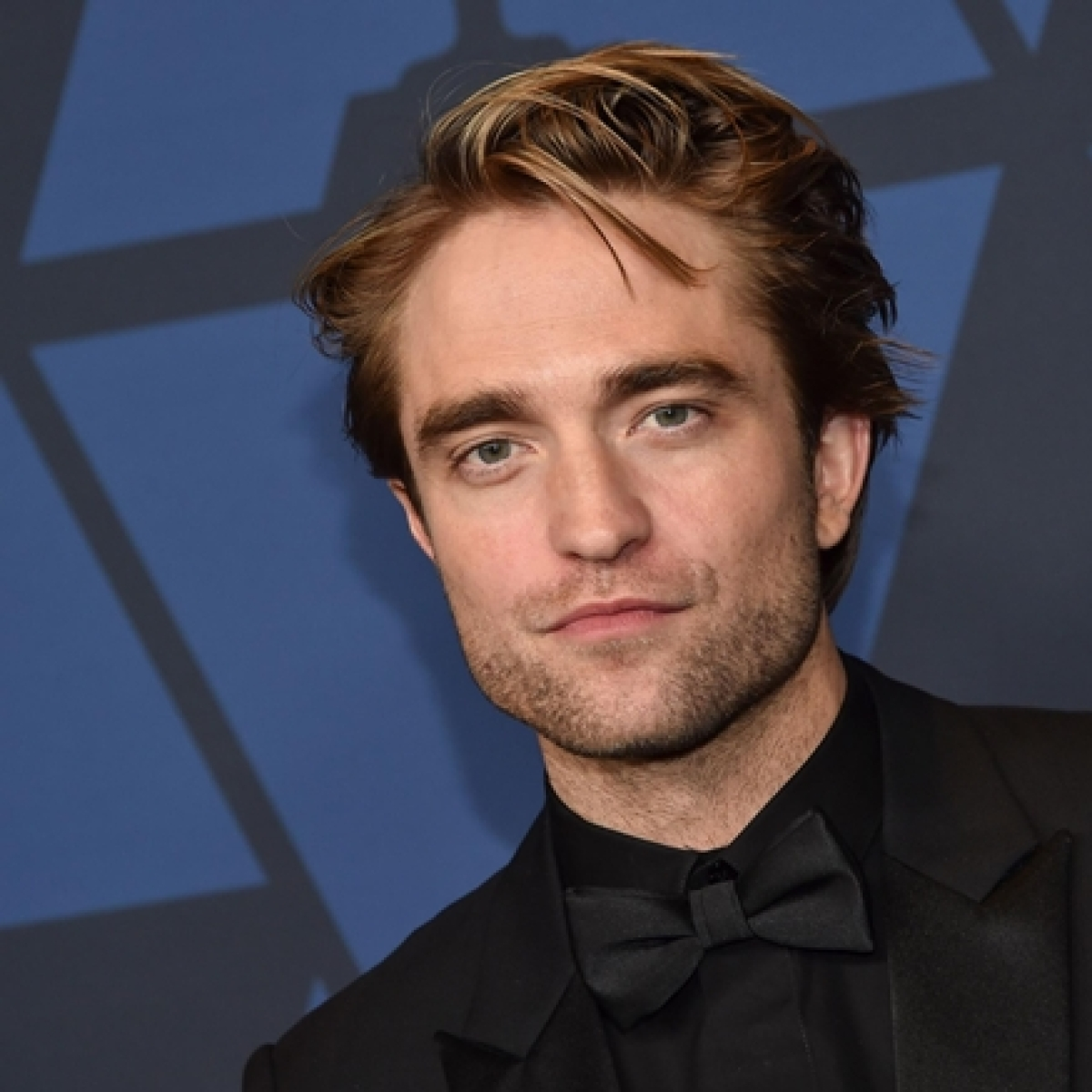 According to science, Robert Pattinson is the most handsome man in the world