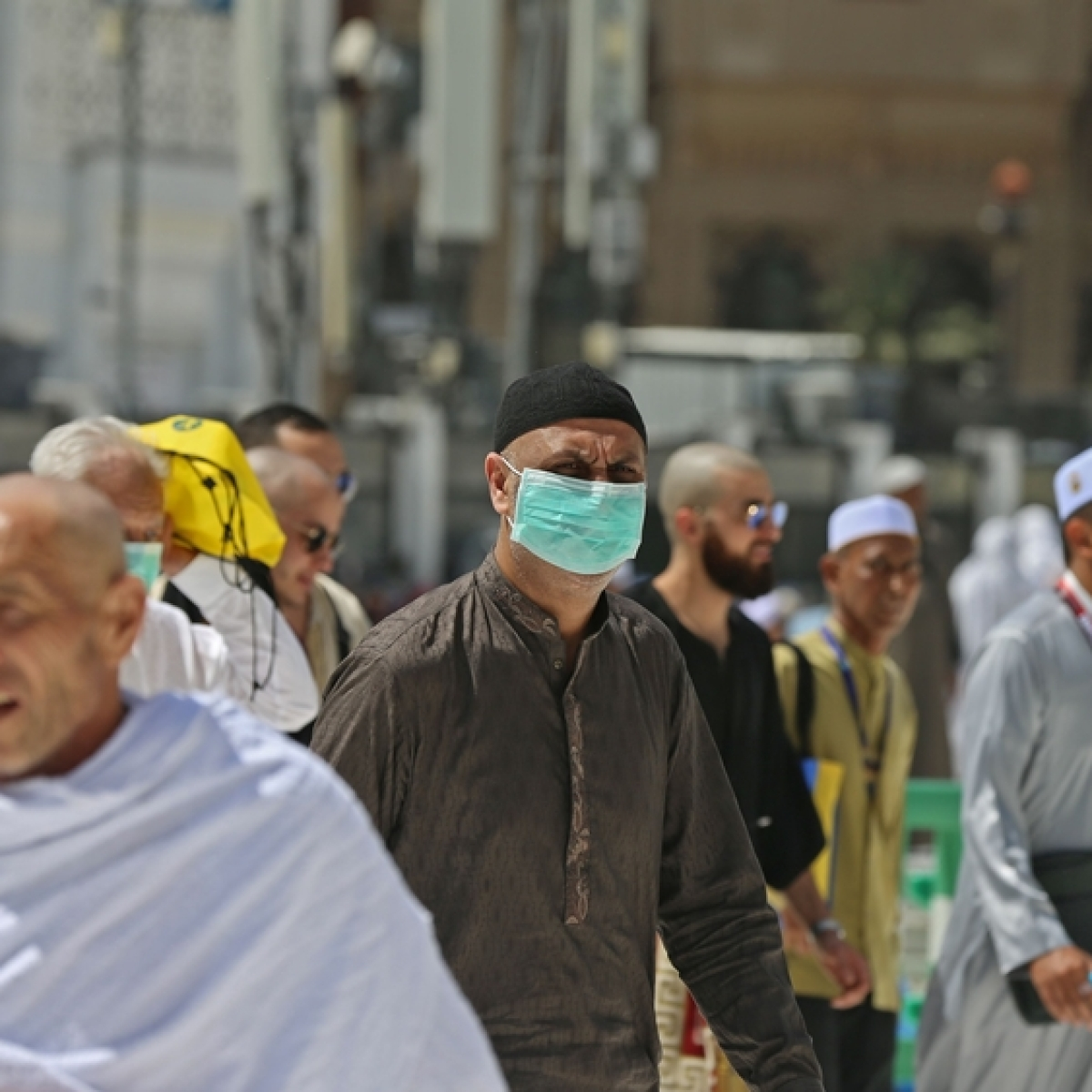Saudi Arabia halts Haj travel amid coronavirus outbreak