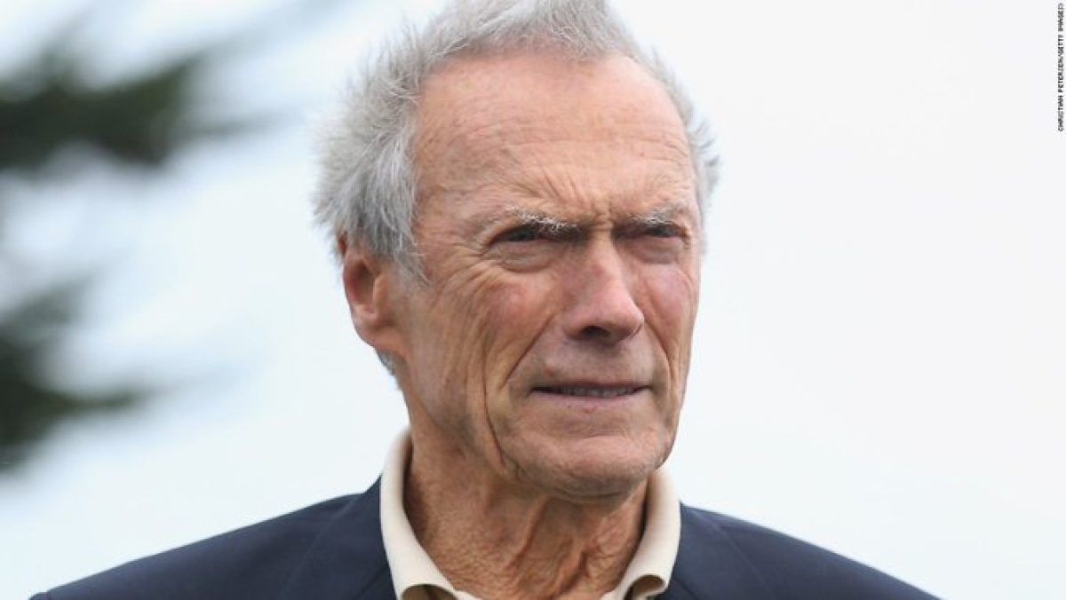Clint Eastwood supports Michael Bloomberg