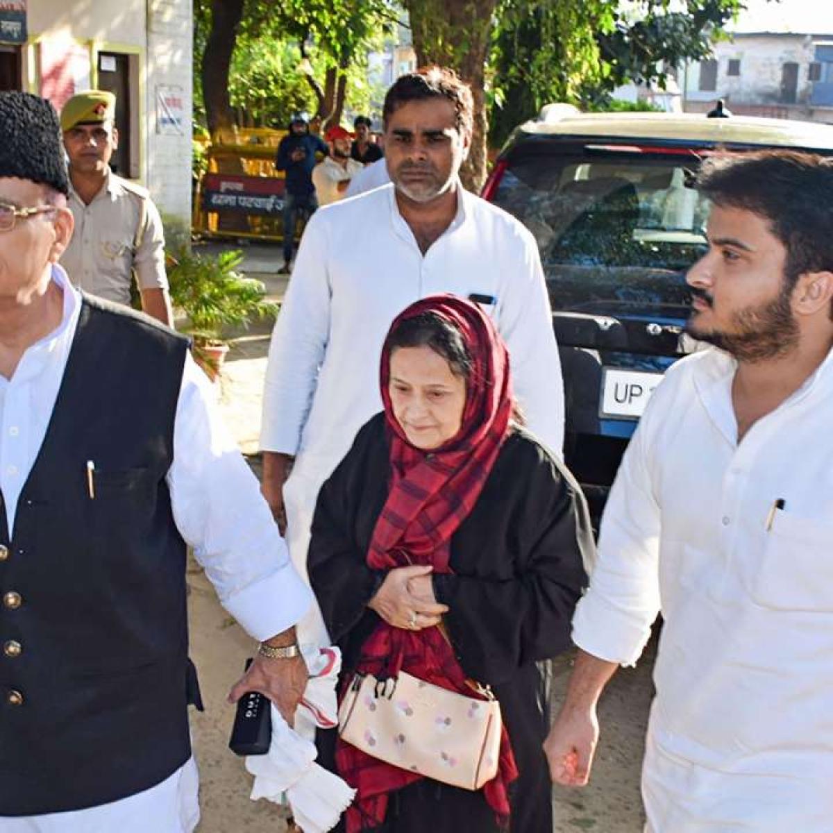 Court rejects Azam Khan's plea seeking stay in Rampur jail till March 3