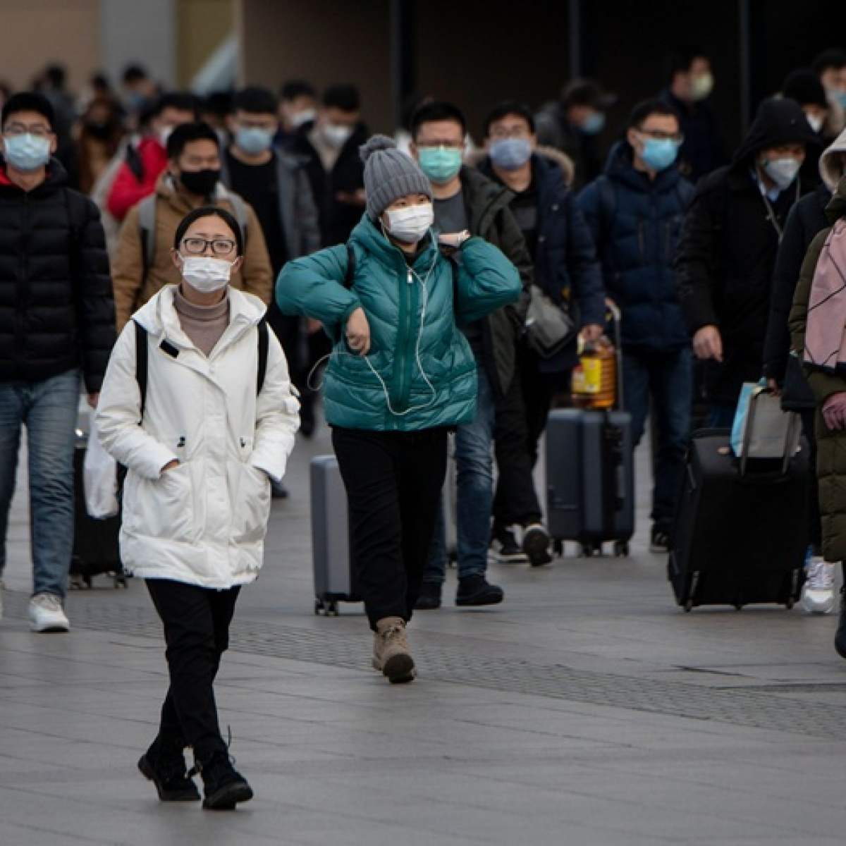 Coronavirus death toll soars to 304 in China, confirmed cases surge to nearly 14,300