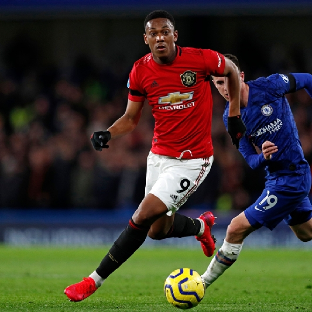 Europa League: Anthony Martial grabs key goal for Man Utd in Bruges