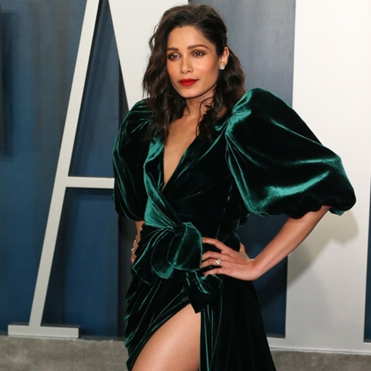 FPJ Fashion Police: We bet you missed Freida Pinto sashaying in her Rs 2.5 lakh dress at the Vanity Fair Oscars after-party