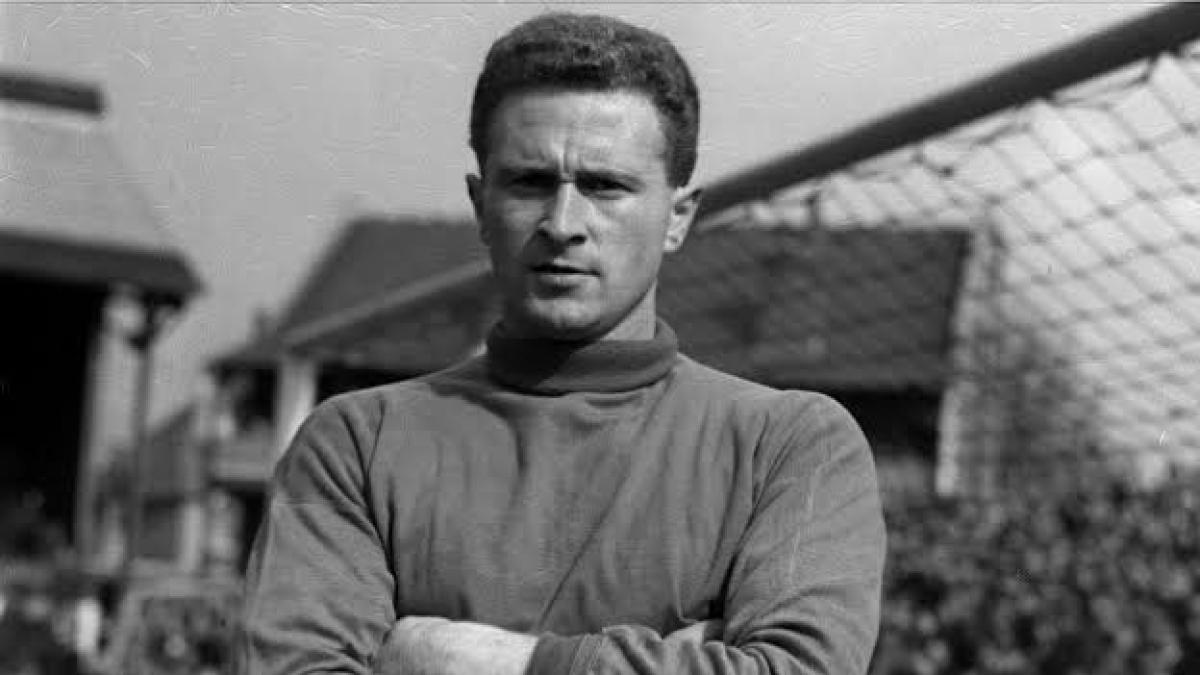 Manchester United legend Harry Gregg