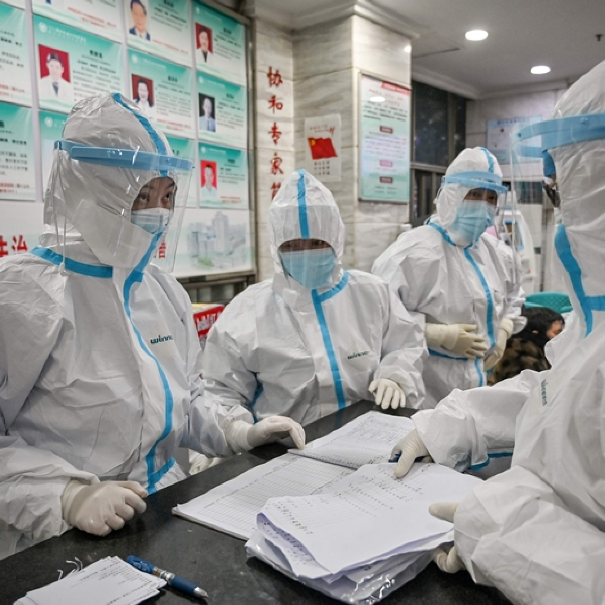 Coronavirus outbreak: Asian markets fall as virus hits earnings, growth