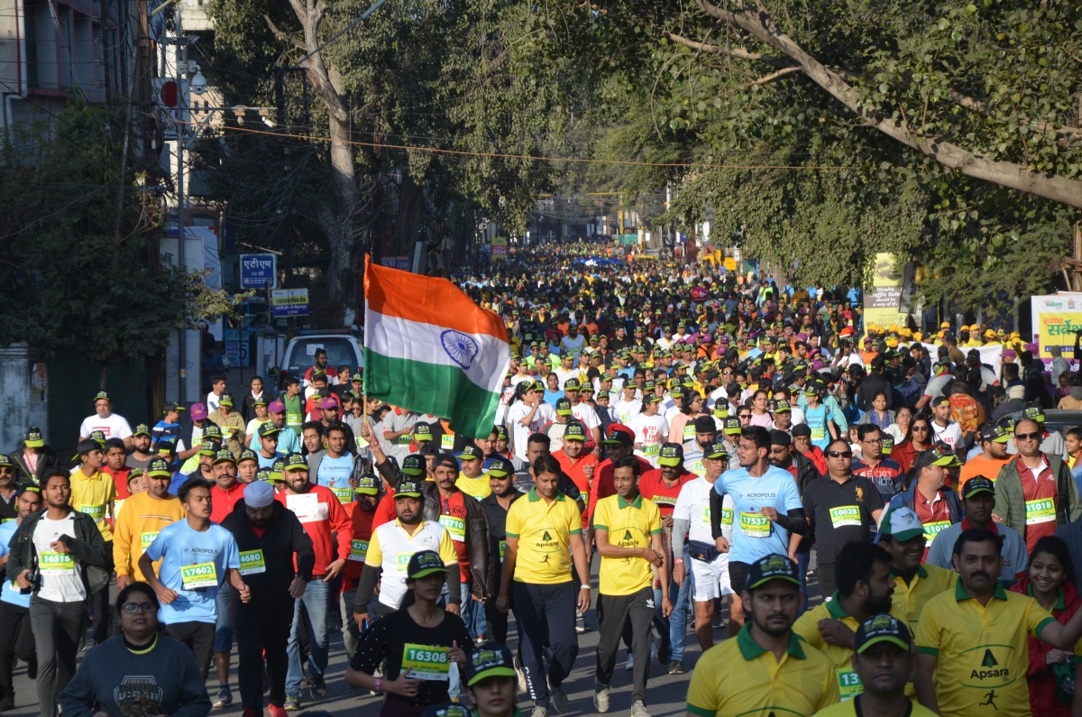 Indore: Thousands of fitness enthusiasts take part in Indore Marathon