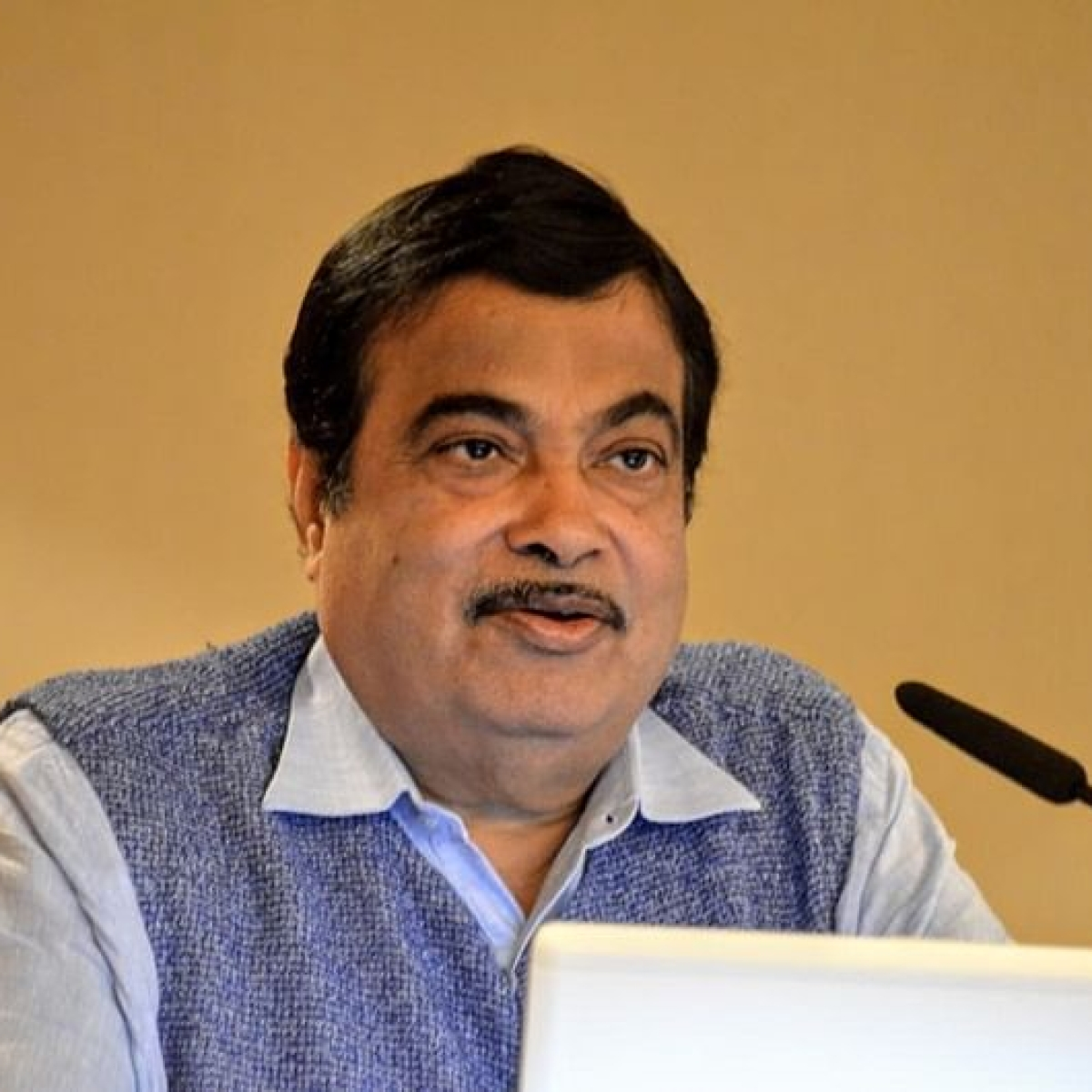 Nitin Gadkari -- a leader who is helpful in good and bad times too