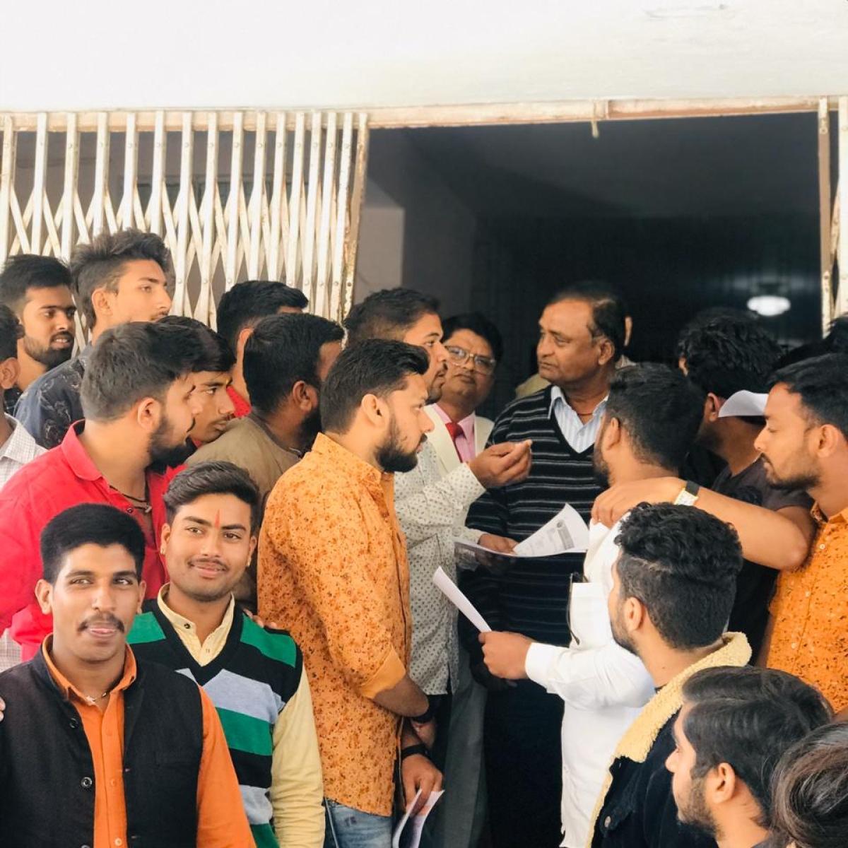 Ujjain: ABVP submits memo regarding water wastage in VU campus