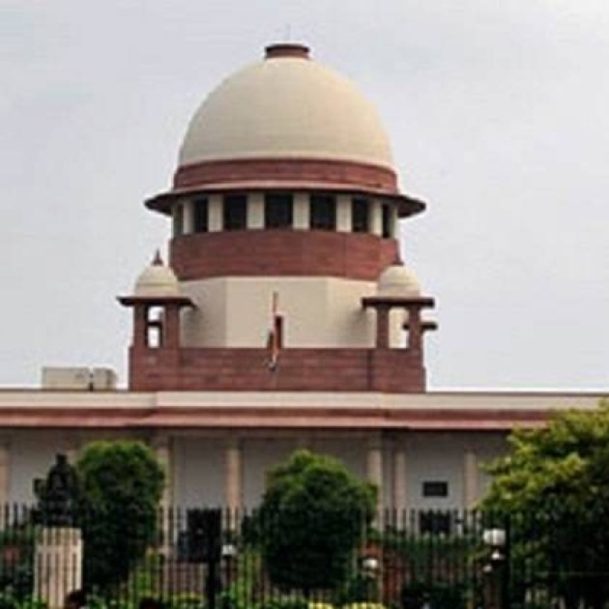 'It will be a retrograde act': SC dismisses EC's plea to restrain media from reporting oral observations