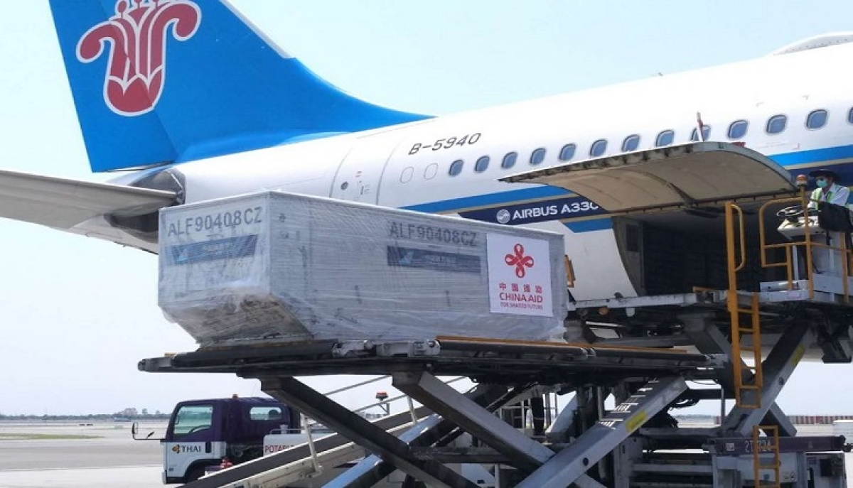 Medical supplies provided by China arrive at Suvarnabhumi Airport in Bangkok, Thailand, March 23, 2020, to assist the country's fight against the novel coronavirus.