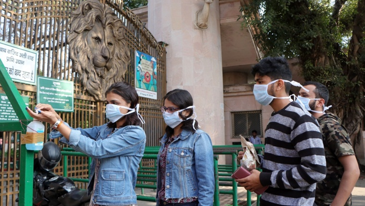 Food habits, temperature have nothing to do with coronavirus: AIIMS Director