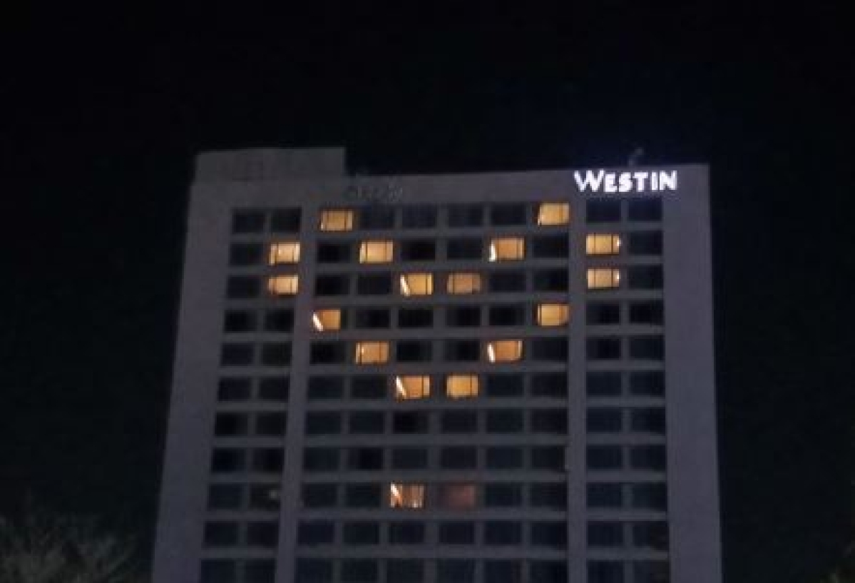 A Hotel in Maharashtra state displayed a symbolic heart.