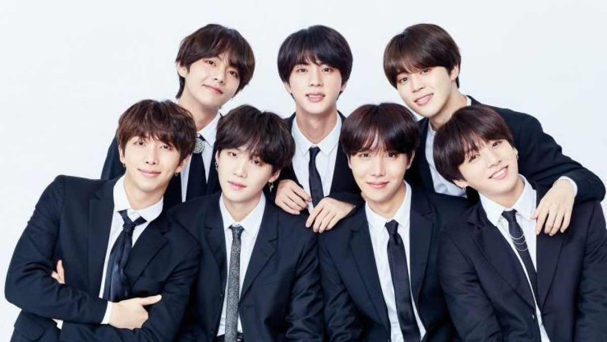 South Korean band BTS have postponed their upcoming  tour due to the coronavirus pandemic.
