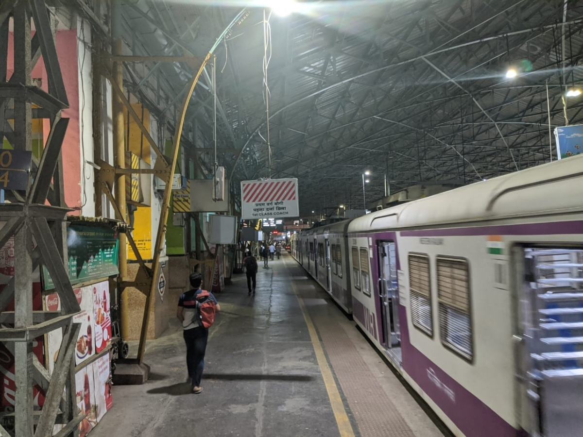 Mumbai local trains to temporarily shut? Central and Western Railway assure trains running as per schedule