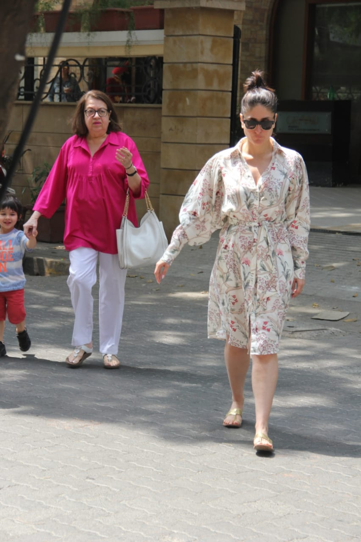 Taimur matches his vibe with mom Kareena Kapoor with a quirky text t-shirt