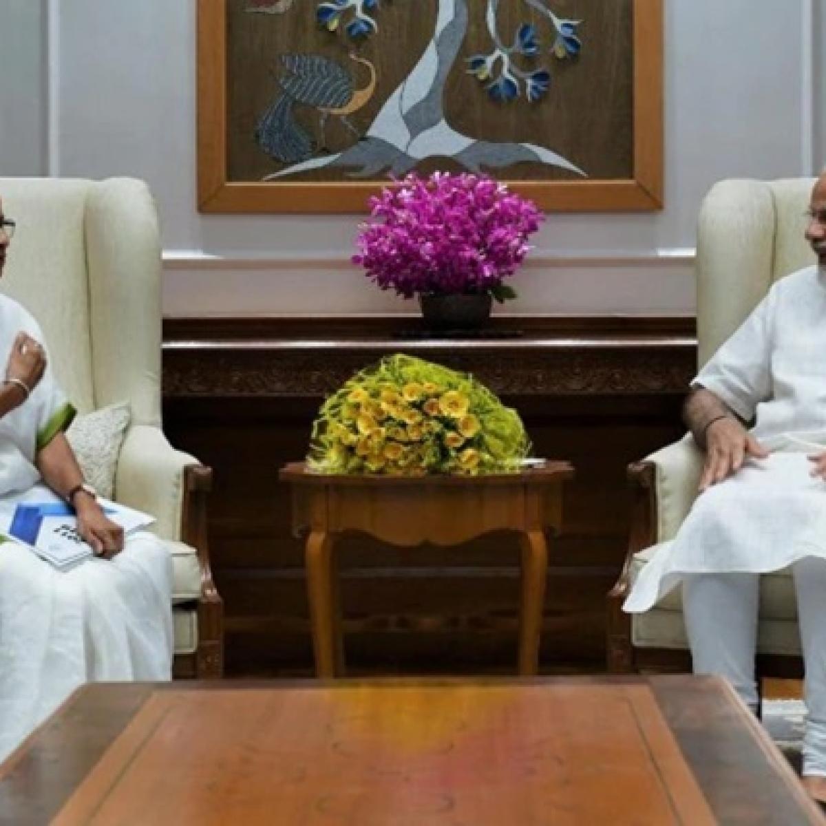 Coronavirus Update: Mamata Banerjee writes to PM Modi to stop all flights from landing in West Bengal