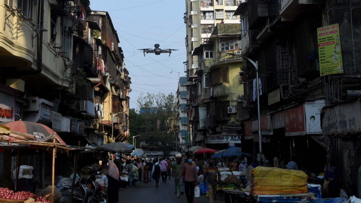 Mumbai Police flyin a air drone to send their message to people.