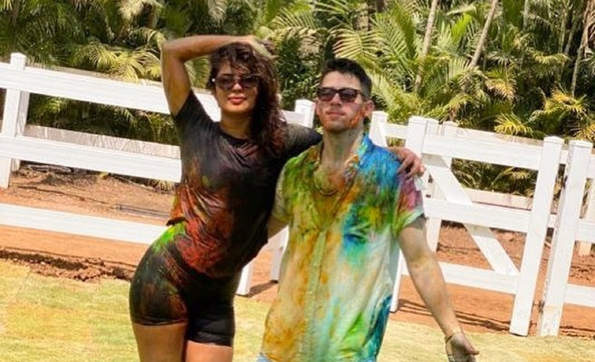 Watch: Inside video of Priyanka Chopra, Nick Jonas drinking 'bhang' at Holi party