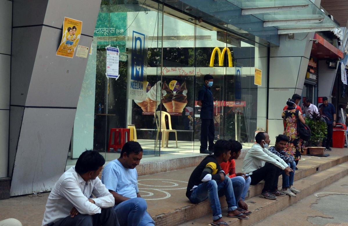 Star Mall at Dadar shut down amid coronavirus scare.