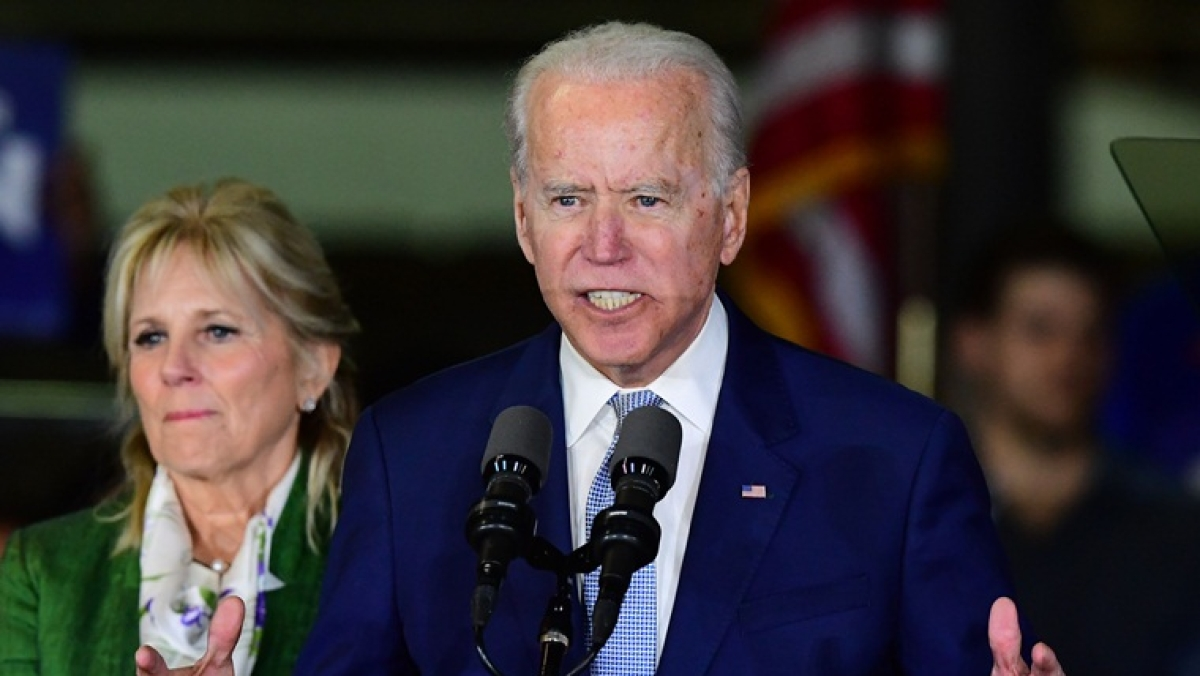 Joe Biden sweeps early wins in 'Super Tuesday' primaries, while Bernie Sanders likely to win in Vermont