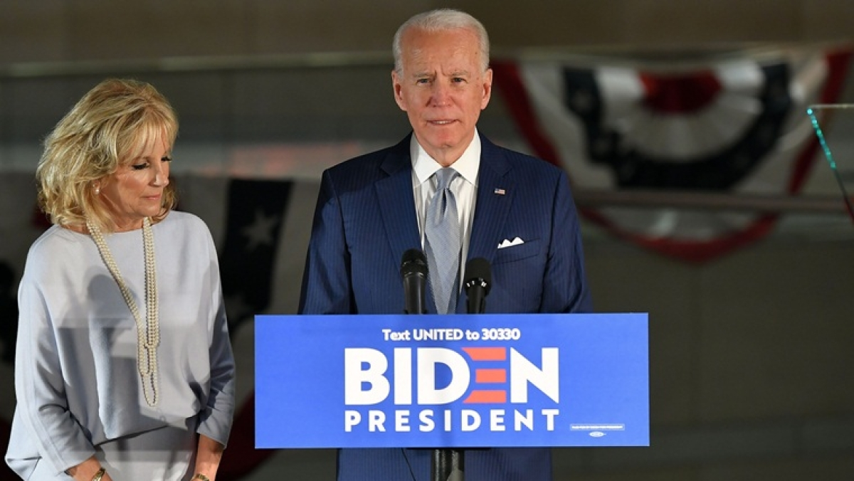 Joe Biden wins Mississippi and Missouri Democratic primary in early blow to Bernie Sanders