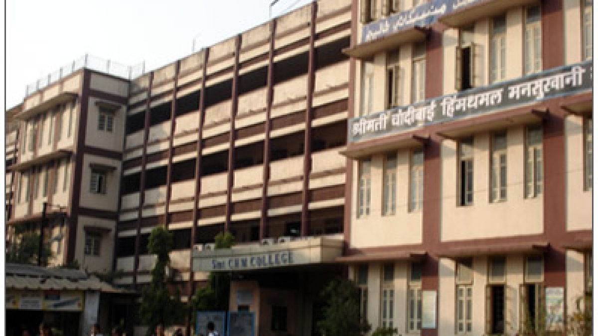 Mumbai: CHM college forces staff to work exposing them to risk