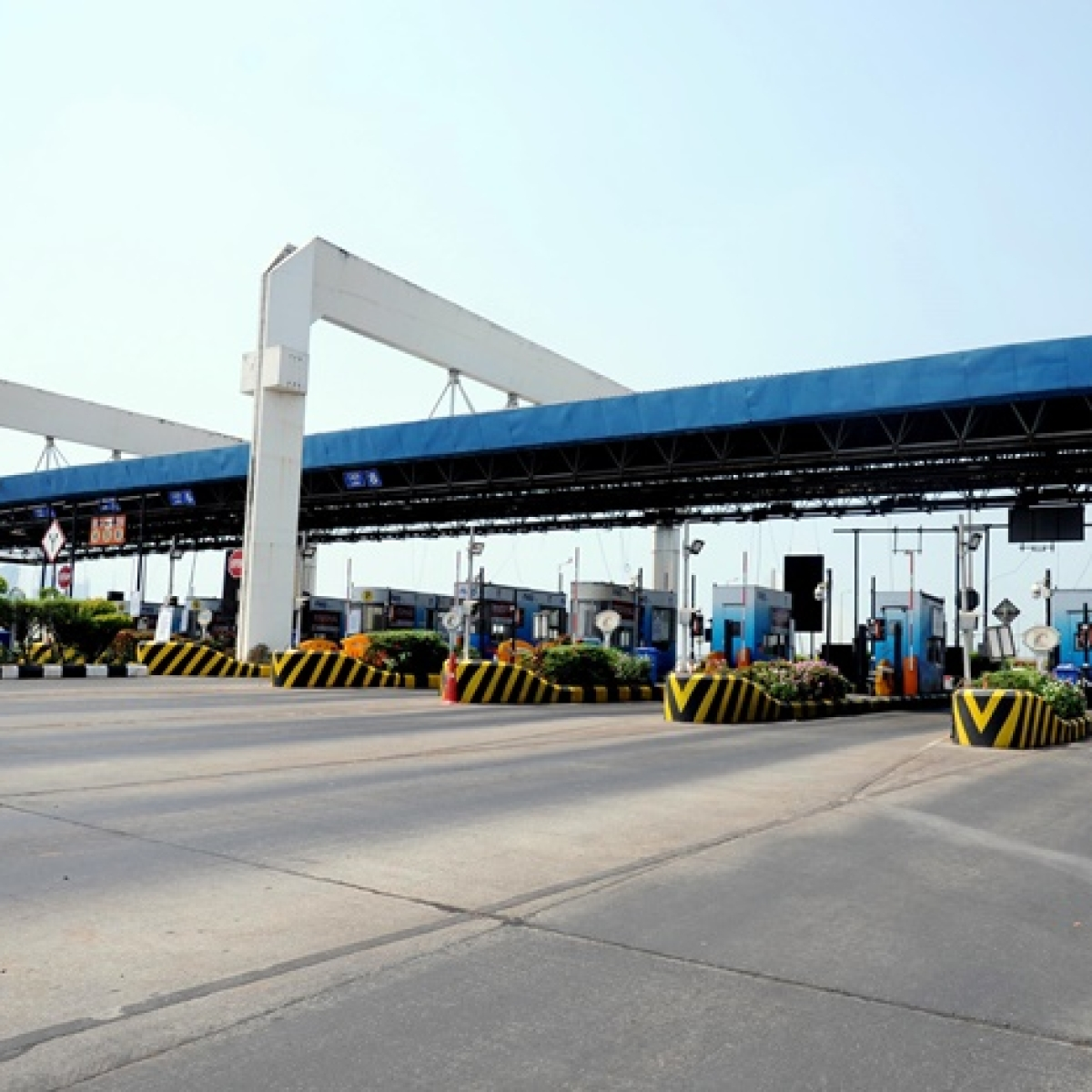 Coronavirus outbreak: Govt suspends toll collection on national highways to ease emergency services