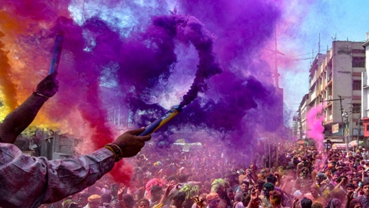 Holi 2020: Mumbai police and GRP brace up for festival of colours