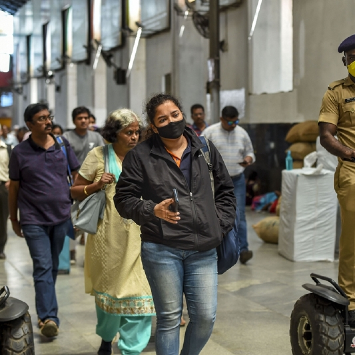 Coronavirus Update in Madhya Pradesh: Over 2000 cancelling air tickets every day