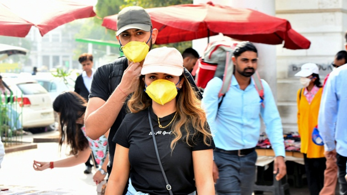 Coronavirus outbreak in India: Are santisers and masks useful for preventing the spread of COVID-19?