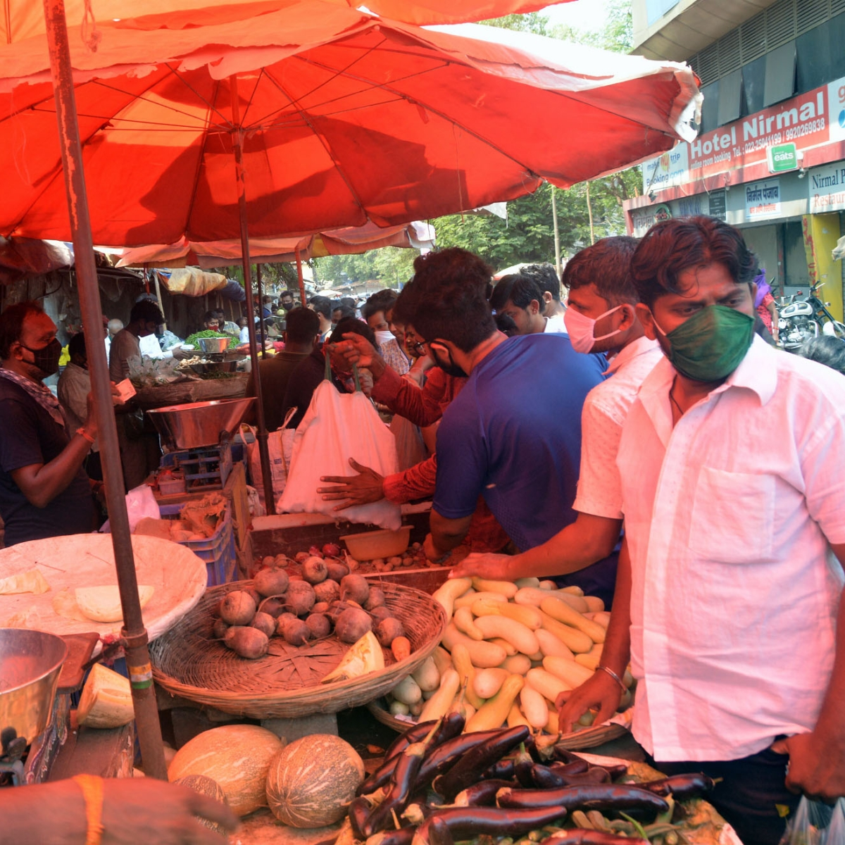 Coronavirus in Mumbai: Vegetable prices soar as supplies plunge