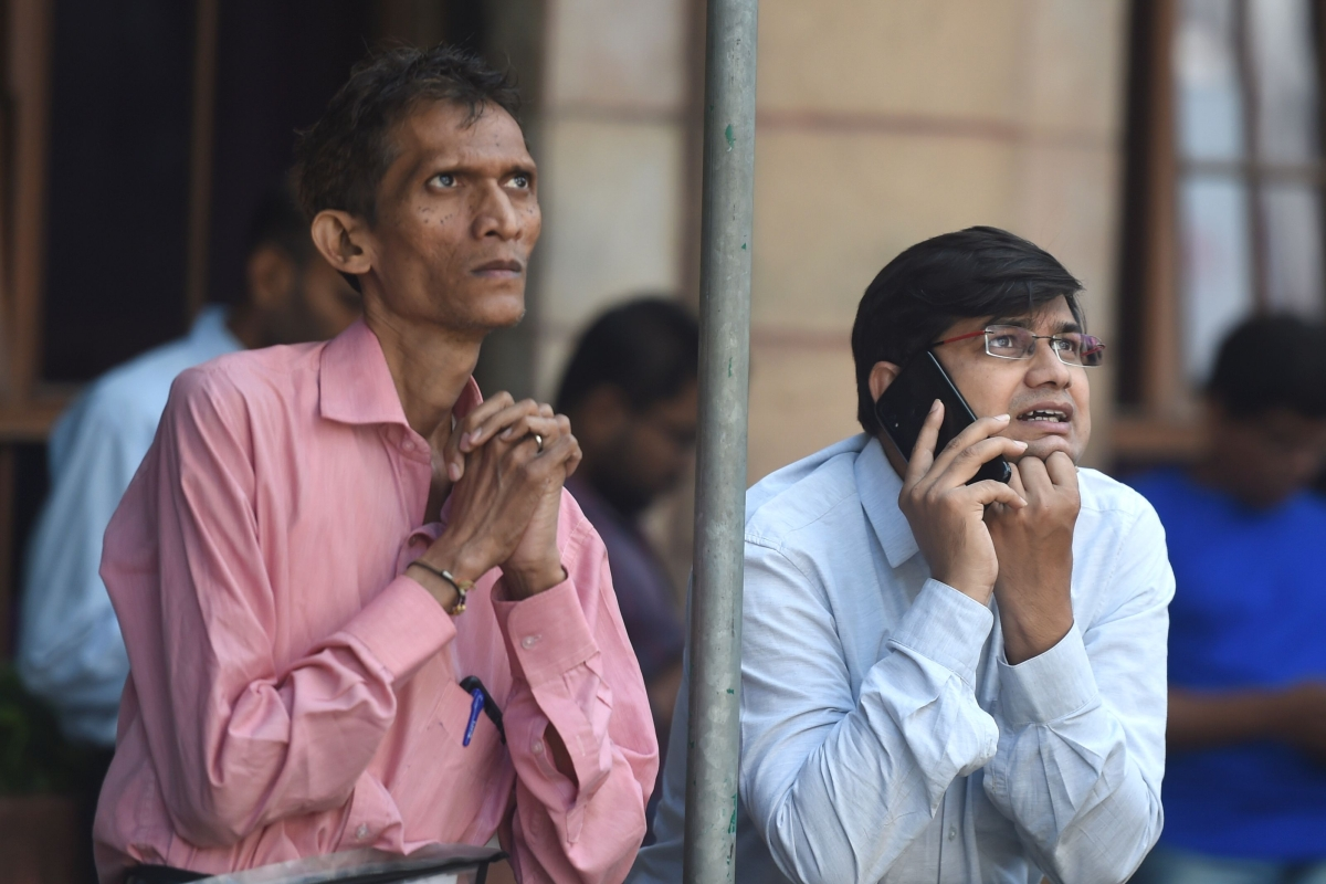 Mayhem in Dalal street as Sensex crashes by 2,919 points