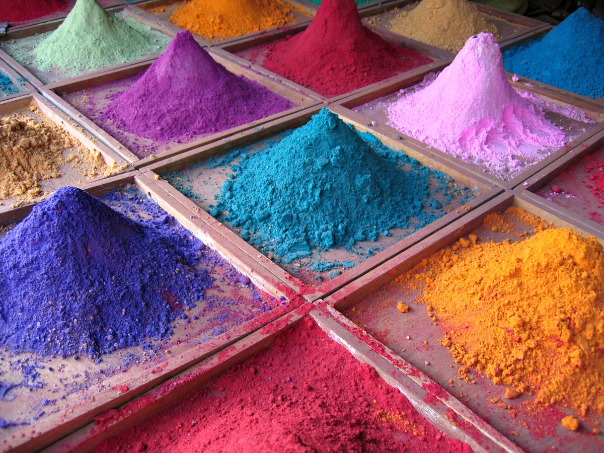 Indore: Forest department to buy herbal colours from Dhar for sale in city