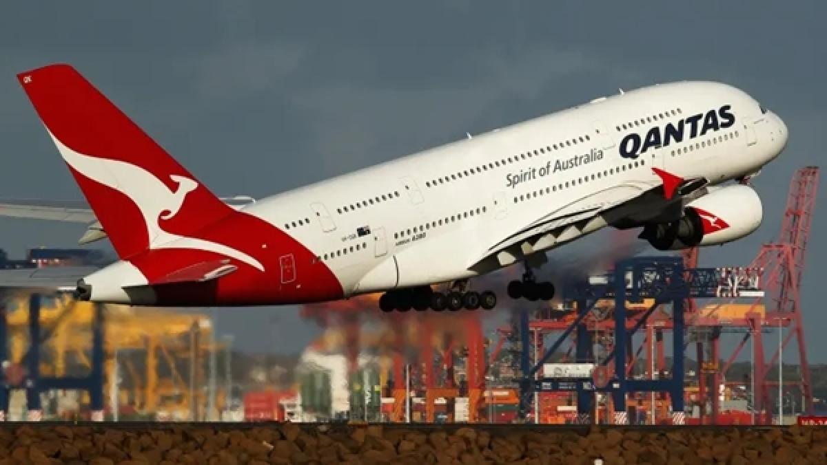Coronavirus update: Australian airline Qantas to cut all international flights amid virus fears