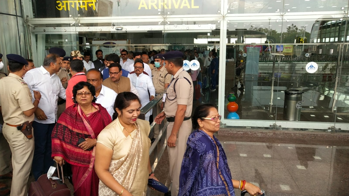 Congress MLAs from MP have been brought to Jaipur to keep them safe