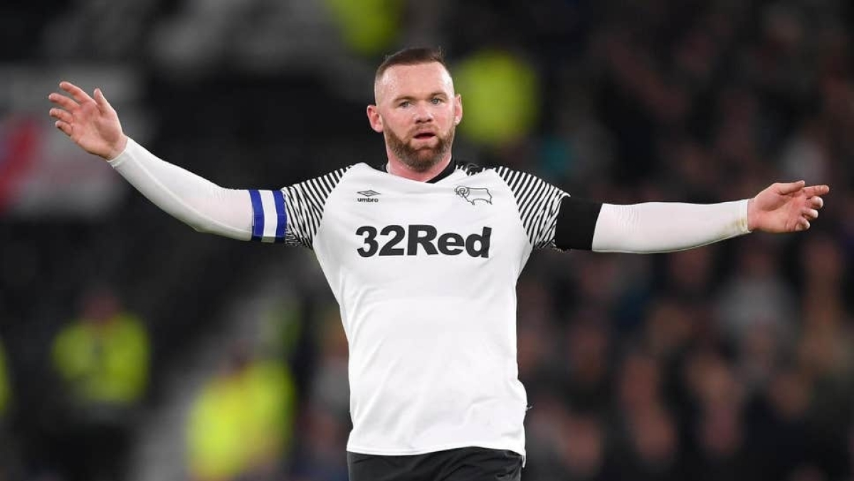 Wayne Rooney ends his playing career, becomes manager of Derby County