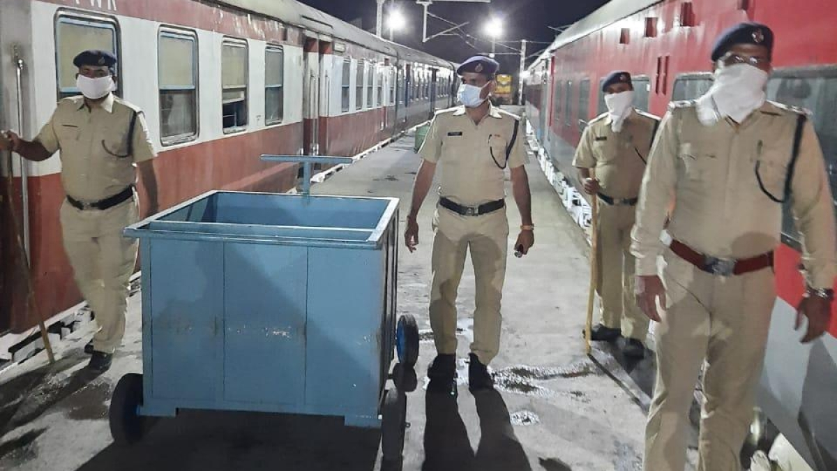 W.Rly's RPF continues to safeguard during the coronavirus lockdown