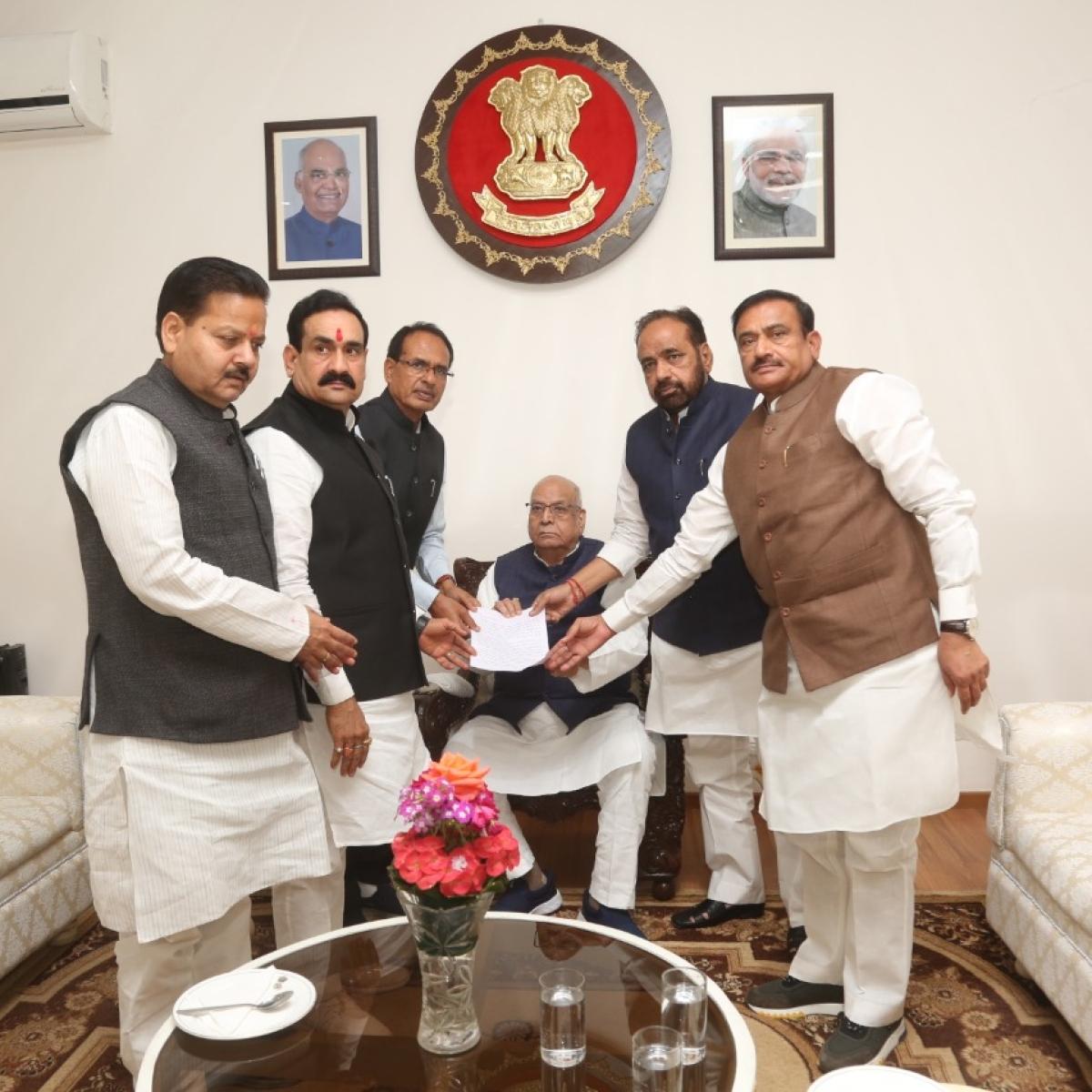 Madhya Pradesh: BJP leaders meet Governor, demand floor test before budget session