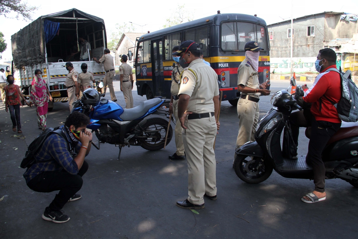 Traffic violators fined Rs 9.43 crore amid lockdown, over 2 lakh challans issued