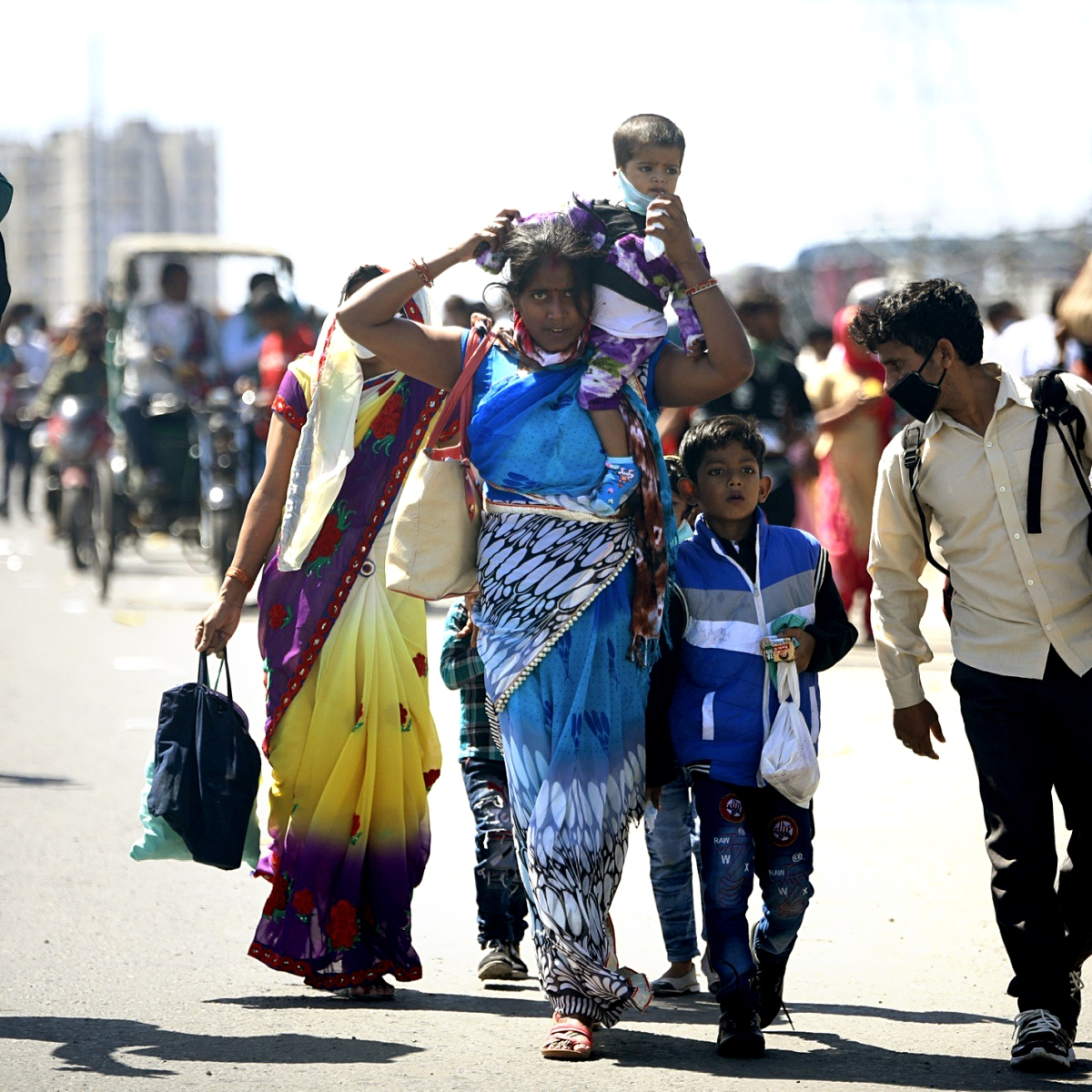 Pregnant migrant worker walks 196 kms for 6 days to reach Madhya Pradesh from Gujarat