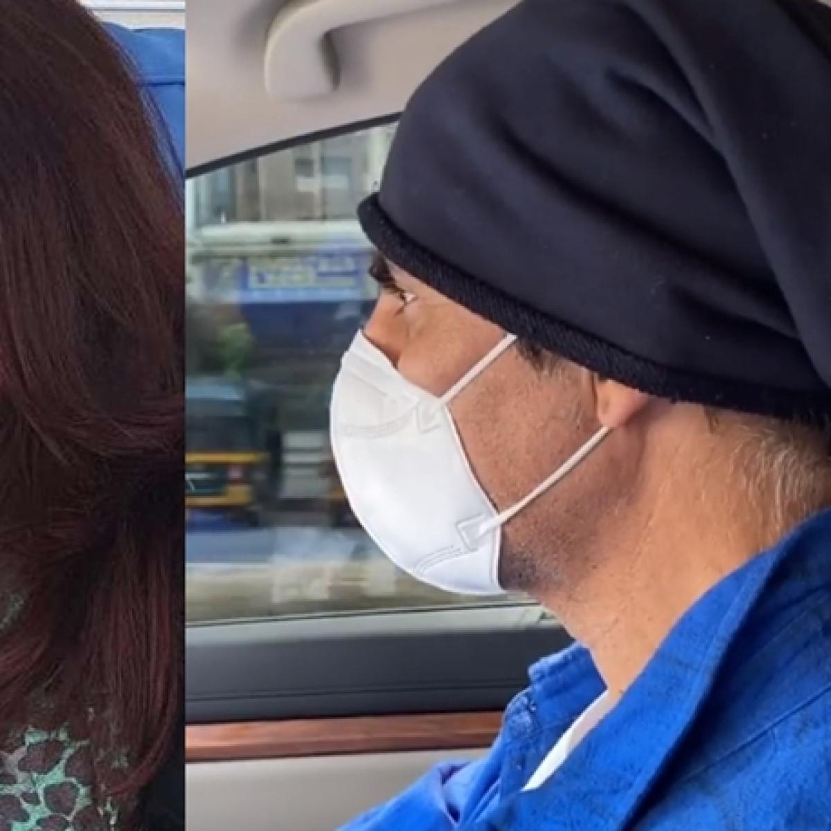 Doting hubby Akshay Kumar takes wife Twinkle Khanna to hospital
