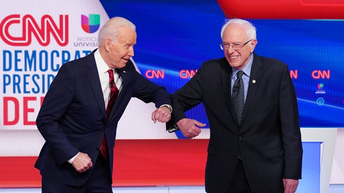 After 'Namaste', elbow bump by Joe Biden and Bernie Sanders is the new way to greet each other
