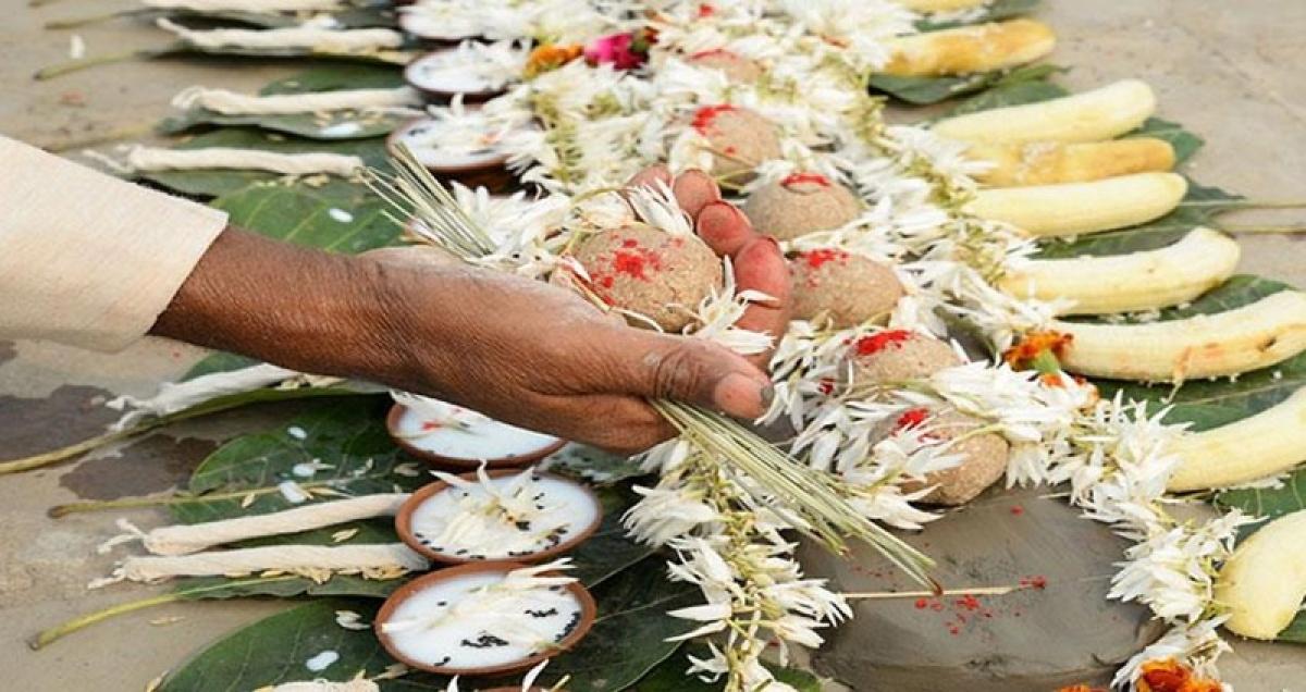 Ujjain: Include pind-daan under emergency services, demands members of Brahmin community