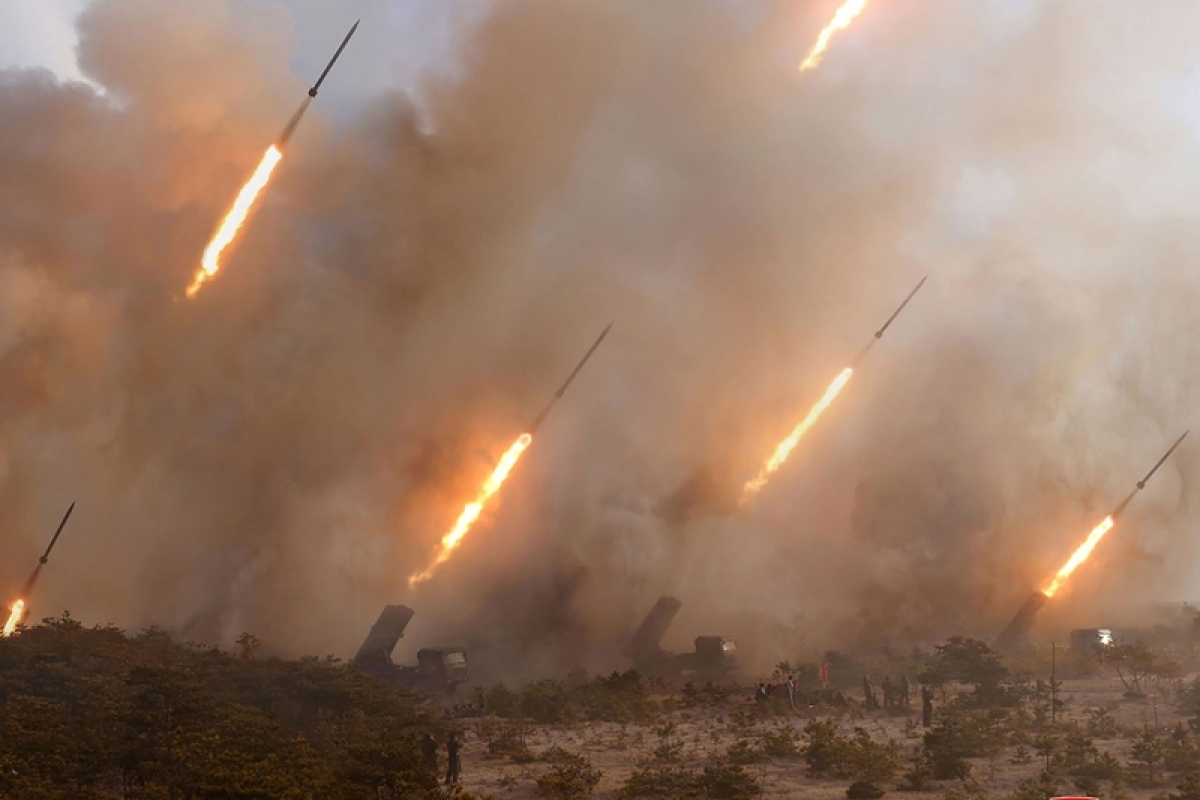 North Long-range artillery strike drill